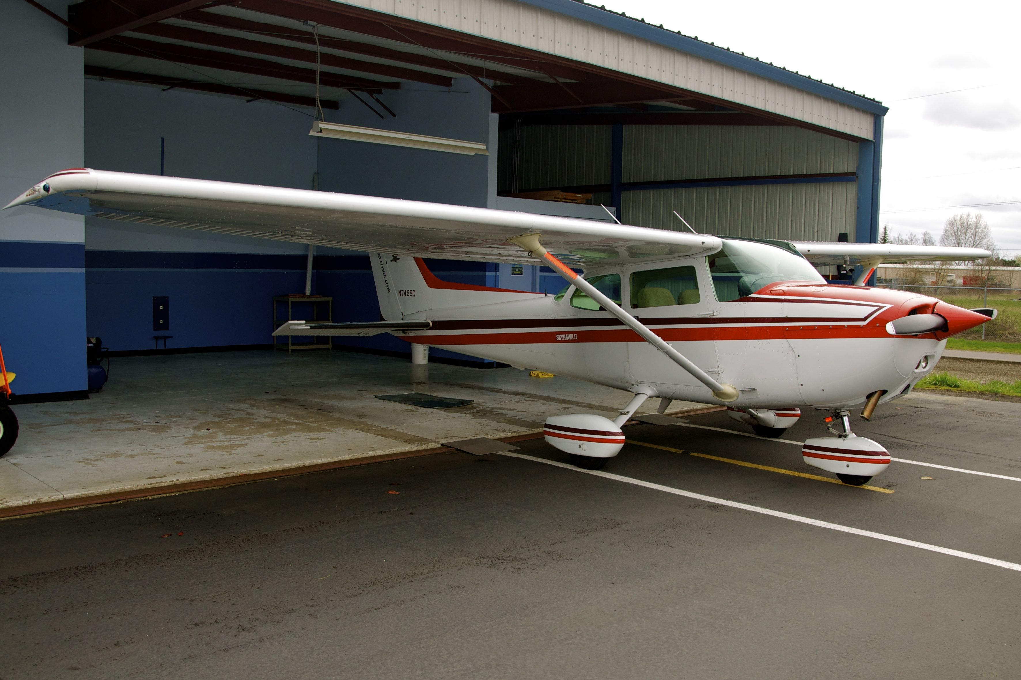 "The Club's 172 ""99C"" awaits fuel on 2011 April 3."